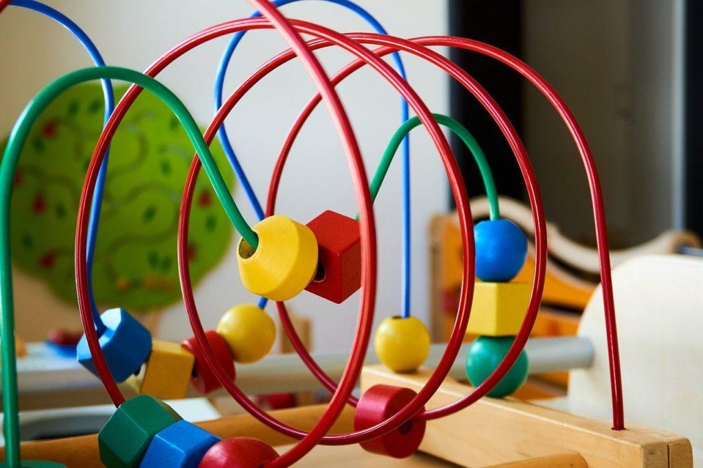 退屈させない!おもちゃ付きベビーサークルのおすすめ7選!